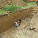 Prélèvement de sédiements en vue d'études paléoenvironnementales ©Pôle archéologique du département de l'Aisne_fouille de Marle_Montigny-sous-Marle 2017